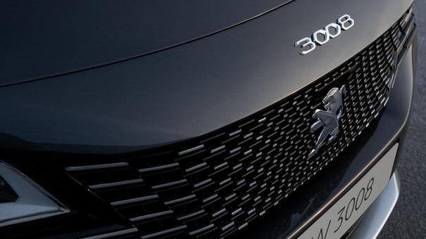 New PEUGEOT 3008 SUV - New frameless grille