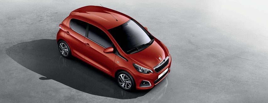 PEUGEOT 108 – Elegant design, raised view