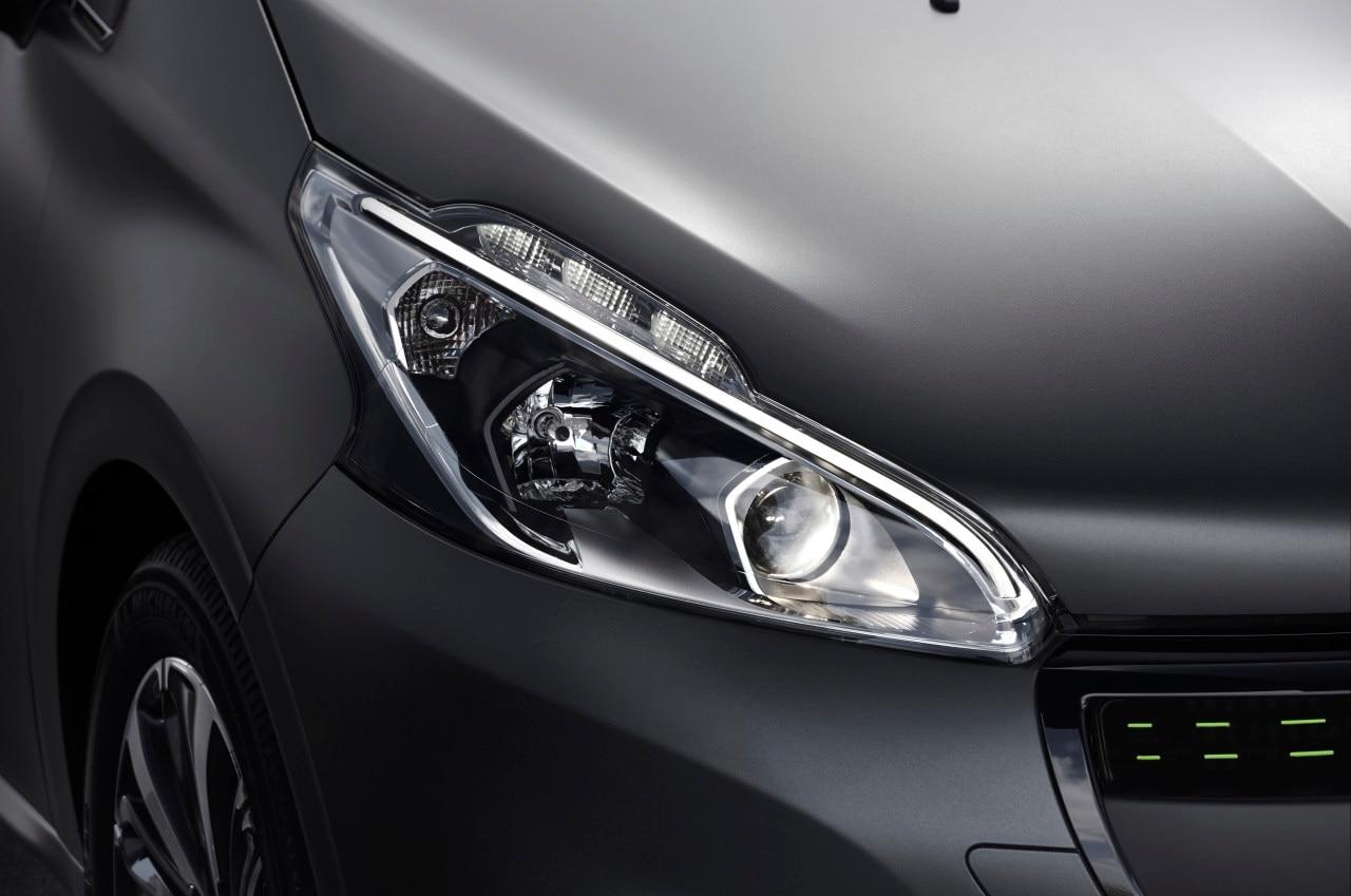 Peugeot 208 Lights